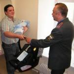 С новорожденным! Кресло в подарок