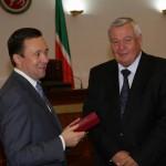 Ректору КГМА Камилю Зыятдинову вручена государственная награда РТ – медаль «За доблестный труд»